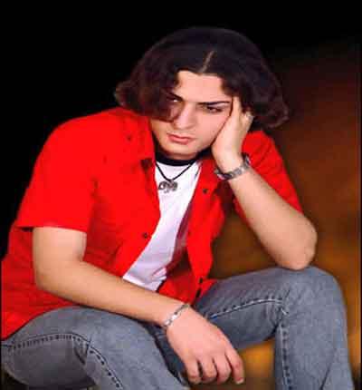 دانلود آهنگ جدید حامد هاکان به نام دیگه میرم
